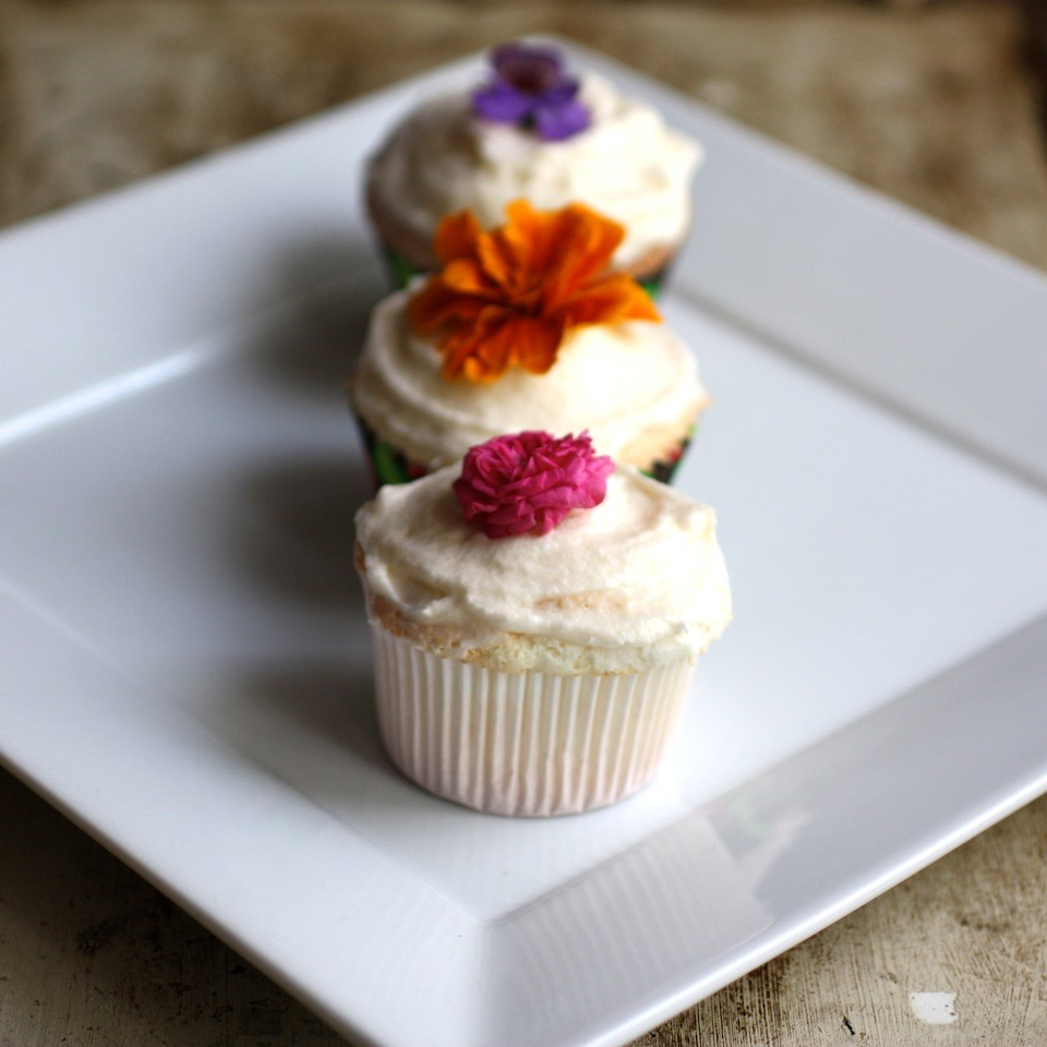 Pink Grapefruit & Rose Scented Cupcakes