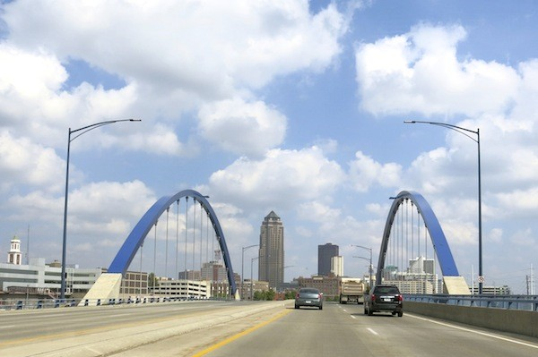 Driving into downtown Des Moines
