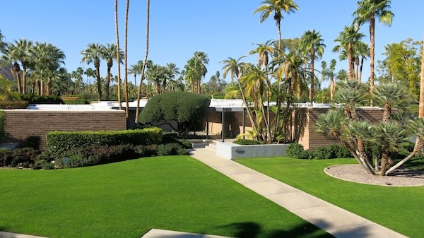 Dinah Shore's old house, now Leo DiCaprio's